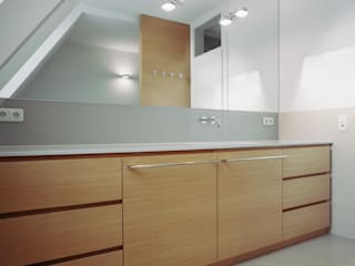 Modern bathroom by Marius Schreyer Design Modern