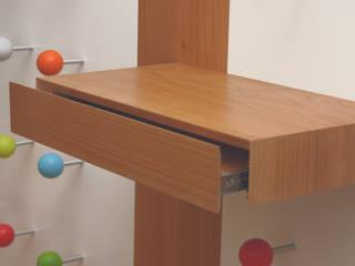 Garderobe für Kinder by Tricform: moderne Ankleidezimmer von tricform