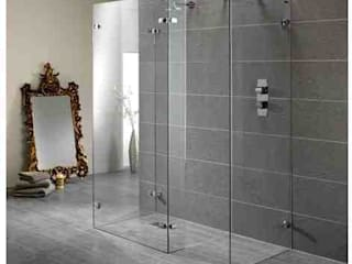 Wetroom Shower Areas nassboards Ванна кімната