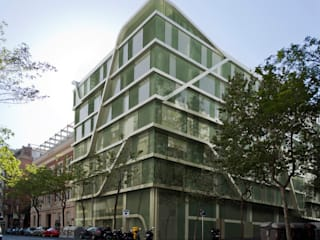 Offices at Travessera de Gràcia Octavio Mestre Arquitectos Офіси та магазини