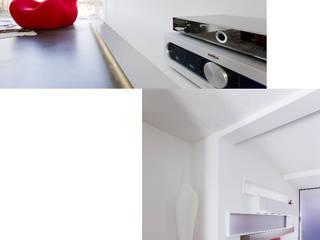 Atelier-Wohnung: moderne Wohnzimmer von Lehmann Art Deco Architekt