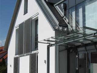 Atelier-Wohnung: moderne Häuser von Lehmann Art Deco Architekt