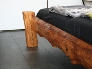 woodesign Christoph Weißer BedroomBeds & headboards