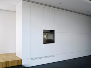 Modern Living Room by morana+rao architetti Modern