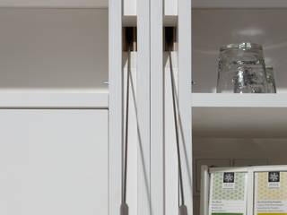 Samova Teelounge Hotel Strandgut Moderne Bars & Clubs von Tischlerei & Objektdesign Friedrich Gilhaus GmbH Modern