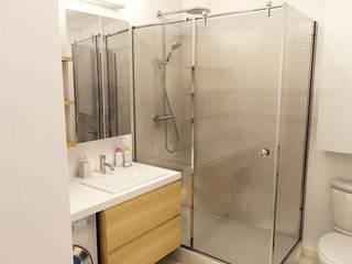Salle de douche:  de style  par Design By Solène Utard