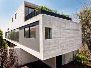 Casa Maruma: Casas de estilo  de © Sandra Pereznieto, Moderno