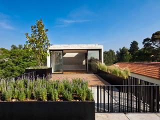 Balcon, Veranda & Terrasse modernes par © Sandra Pereznieto Moderne