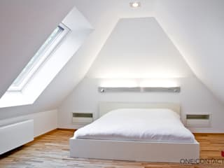 Phòng ngủ by ONE!CONTACT - Planungsbüro GmbH