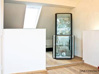 KLEIN UND FEIN:  Flur & Diele von ONE!CONTACT - Planungsbüro GmbH