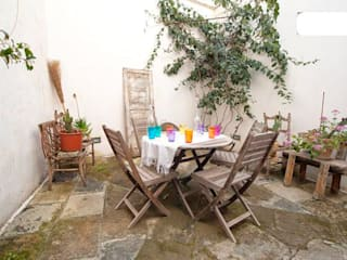 Eclectic style balcony, veranda & terrace by meb progetto ambiente Eclectic