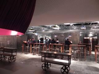 modern  by Q:NØ Arquitectos , Modern