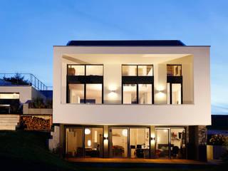 Gartenseite:  Häuser von BITSCH + BIENSTEIN Architekten PartGmbB