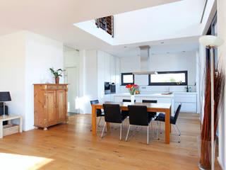 Innenraum Essplatz:  Esszimmer von BITSCH + BIENSTEIN Architekten PartGmbB