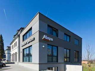 Blick auf den Neubau:  Bürogebäude von BITSCH + BIENSTEIN Architekten PartGmbB