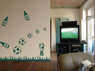 Paredes y pisos de estilo  por K&L Wall Art