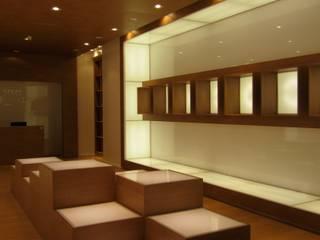 辦公空間與店舖 by Ernesto Fusco