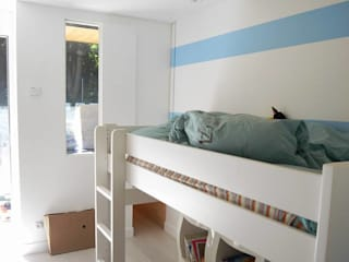 Nursery/kid's room by Allegre + Bonandrini architectes DPLG