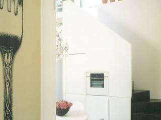 Kitchen by Studio Barbi Ranzetti