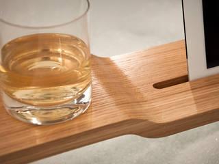 iPad Halterung für die Badewanne oder Sessel: modern  von trimborn & eich,Modern