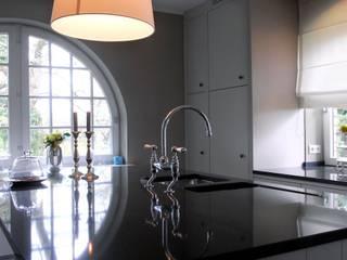 Küche_008 Landhaus Küchen von a-ostermann Landhaus