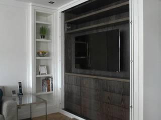 Chelsea Apartment Modern kitchen by TLA Studio Modern