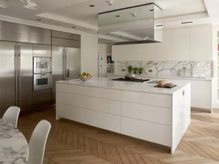 Chelsea Apartment TLA Studio Modern kitchen