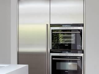 Fulham House Kitchen design ideas by TLA Studio