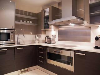 مطبخ تنفيذ Definitive Interior Design
