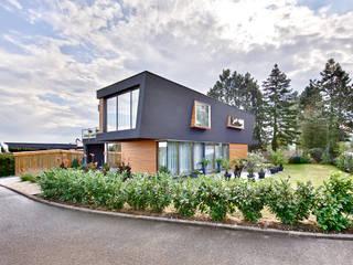 Haus W in  Rottenburg: moderne Häuser von m3 architekten