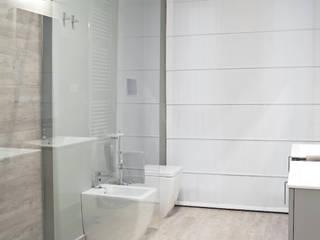 Phòng tắm by Studio Guerra Sas