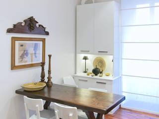 Phòng ăn by Studio Guerra Sas
