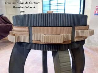 Console, carton recyclé/ métal. par Mine de Carton Éclectique