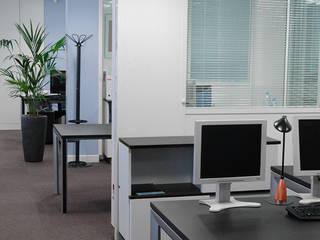 Modern office buildings by Laurence Boudet Architecture d'intérieur et décoration Modern
