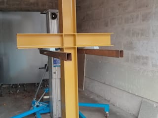Kreuz nach der Verzinkung und Pulverbeschichtung:   von malermeister klaudius kurtz