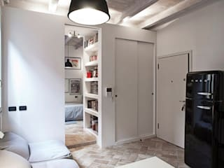 Salones de estilo  de MIROarchitetti, Moderno