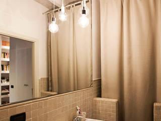 Bathroom MIROarchitetti Bagno moderno