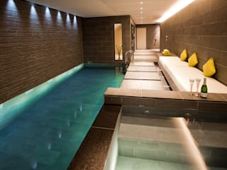 Subterranean Leisure Area Piscine moderne par London Swimming Pool Company Moderne