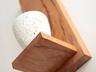 Holzeinrichtung:   von O living