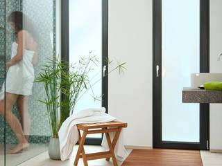 Casa de banho  por baqua GmbH  Manufaktur für Bäder
