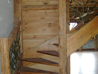 Zakład Stolarski Robert Latawiec Corridor, hallway & stairsStairs