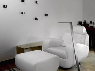 modern  by Pujol Iluminacion, Modern
