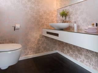 Luna Homestaging Baños de estilo moderno