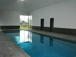 ​Minimalist Pool Moderne Pools von London Swimming Pool Company Modern
