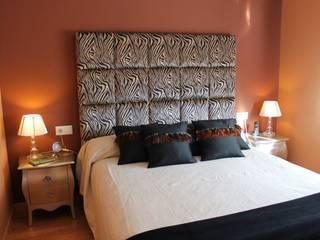 Modern style bedroom by Paco Escrivá Muebles Modern