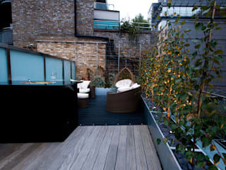 Patios & Decks by Urban Roof Gardens, Modern