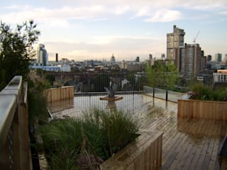Bermondsey, London Modern balcony, veranda & terrace by Urban Roof Gardens Modern