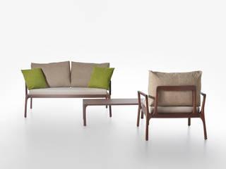 divano, poltrona e tavolino basso linea Mies di ildoppiosegno Classico