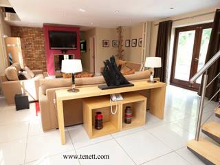 Ruang Keluarga oleh 2A Design, Modern