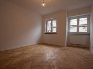 Phòng ngủ phong cách hiện đại bởi Münchner HOME STAGING Agentur Hiện đại